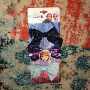 🛍5 for $25 item!🛍 Frozen II set of 3 Hair Bows